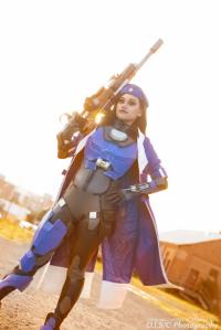 captain-amari-cosplay-lunar-crow-2