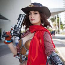 overwatch-mccree-cosplay-by-holly-lauryn