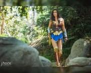 wonder-woman-cosplay-by-tahnee-harrison-6