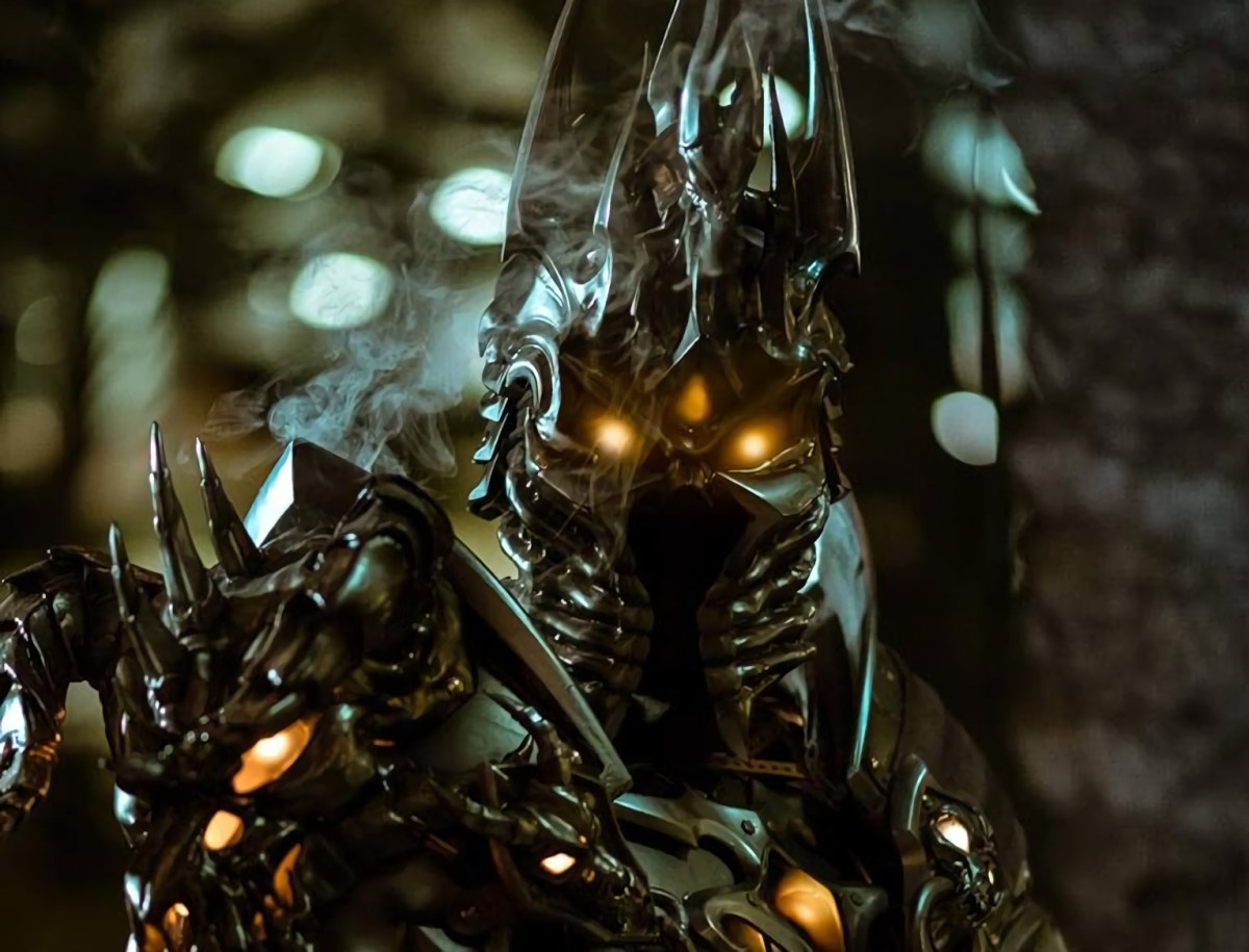 World of Warcraft: The Lich King, Bolvar Fordragon cosplay by Chad Hoku