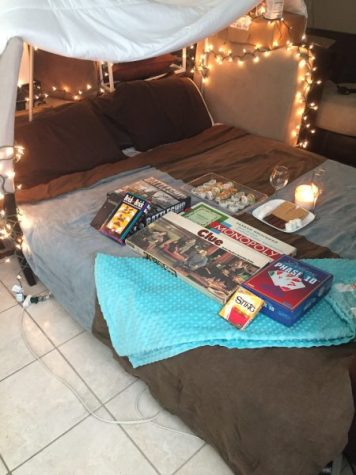 Making a mini fort in the living room is one of the best cheap date ideas for you to do at home. This at home date night is sure to be a memorable one for you and your spouse!