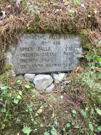 horsetail falls trail sign