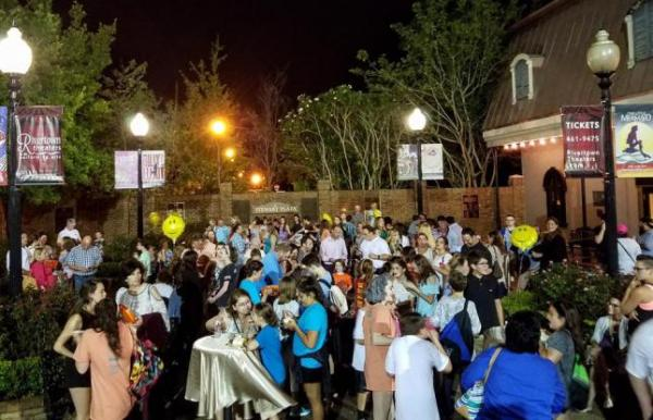 rivertown kenner hosts many events including a farmers market, plays, and live music.