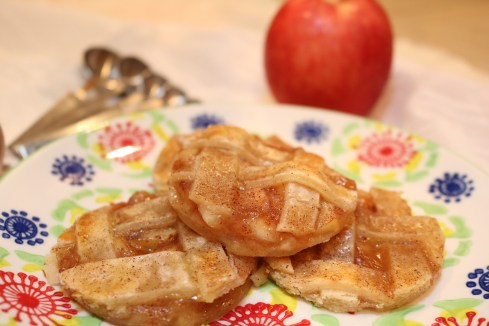 Apple pie cookies. This recipe provides all the delicious of a apple pie into an amazing apple cinnamon cookie.