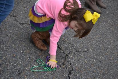 No need to pick up beads from the ground at mardi gras, as they're plenty to go around! Most importantly, don't look down while theres a float in front of you. Learn more tips over at adventuresofb2.com