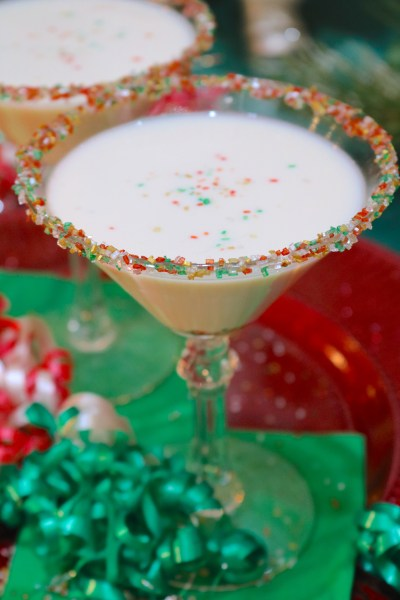 Sugar Cookie martini is smooth creamy and tastes just like a fresh sugar cookie. Make this holiday cocktail for your next christmas party for a delicious dessert cocktail