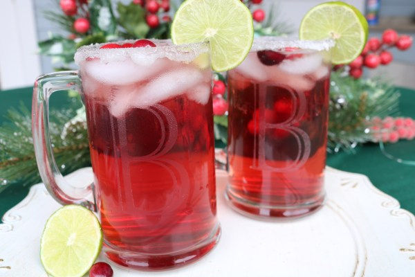 Spice up your holiday party with your new favorite margarita! Cranberry margaritas are the perfect combination for a delicious Christmas cocktail!