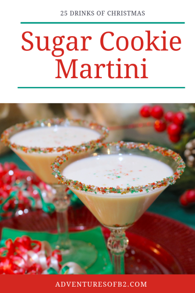 Sugar Cookie Martini is a creamy delicious holiday cocktail that tastes just like fresh sugar cookies! Easy to make with only 3 ingredients, prepare to wow your guest at your next holiday party! #dessertcocktail #drinkrecipe #holidaymartini #christimasdrinks