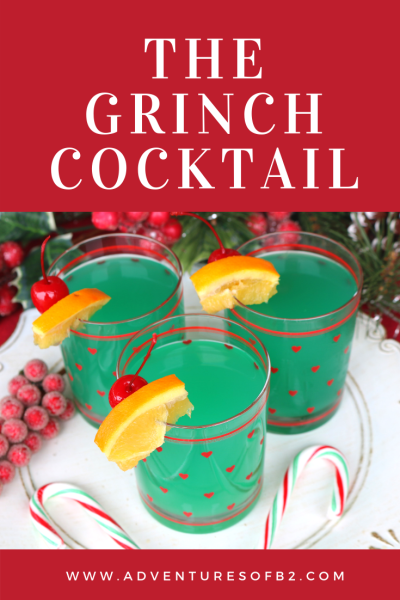 The grinch cocktail is a bright fun alcoholic beverage inspired by the movie grinch. It's a festive cocktail for your next Christmas party with friends! #christmascocktails #holidaydrinks #christmas #grinch