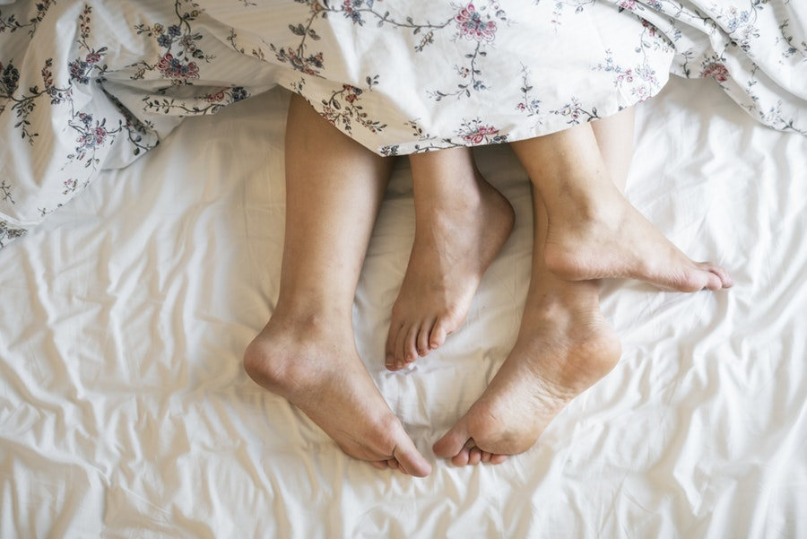 There's nothing better to do on a rainy date than to spend the day in bed with your spouse! A fantastic date idea for those couples always on the go! - AdventuresofB2.com