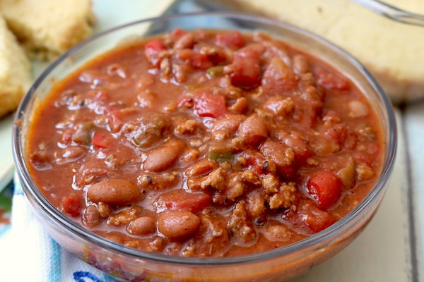 A cold winter night calls for a hearty bowl of chili. Thick, chunky and filled with beans, meat and spices make this the best chili you'll ever eat. - adventuresofb2