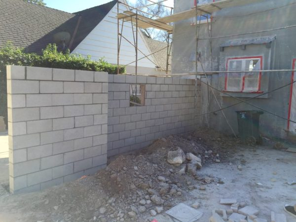 building the wall home renovation