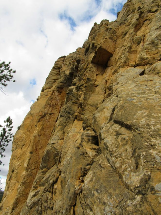 A final look at the yellow cliffs on the W face of Yellow Butte on Lupe's way down. Photo looks N (and up!).