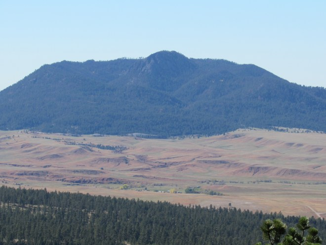 Inyan Kara as seen from Iron Mountain. Photo looks SW using the telephoto lens.