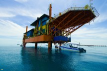 Seaventures Diving Resort Oil Rig Adventure
