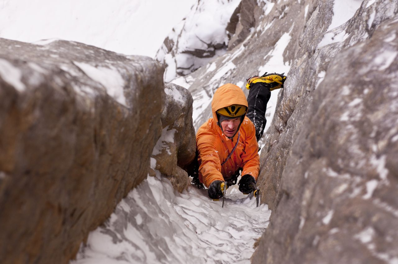 Alpinist Steve House Shares Tips on Training In Between Seasons