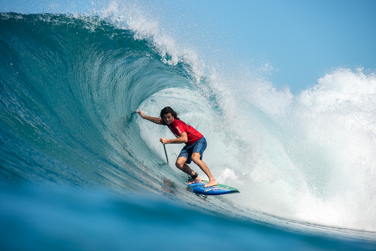 SUP Surfers Take on Pipeline at 2019 Backdoor Shootout