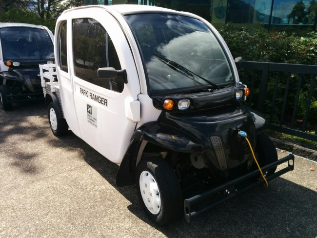 electric car in use at bonneville dam