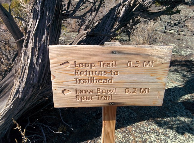 sign pointing the way to the lava bowl