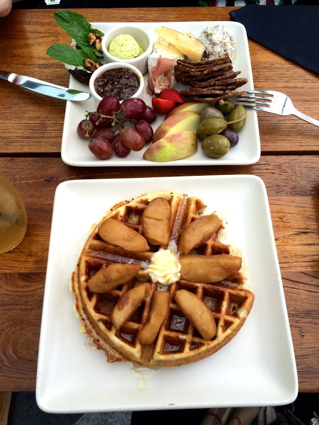 samovar tea lounge quinoa waffle and platter