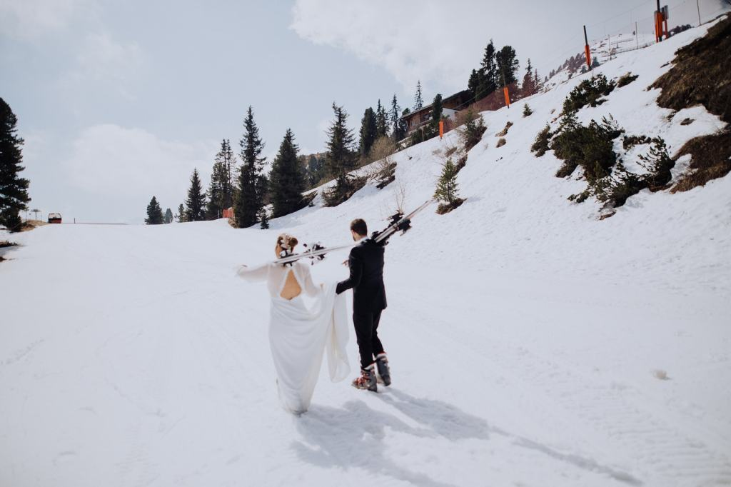 Ski adventure wedding in Austria by Wild Connections Photography