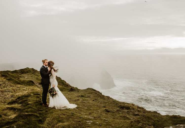An elopement in Ireland by Destination Wedding Photographer Wild Connections Photography