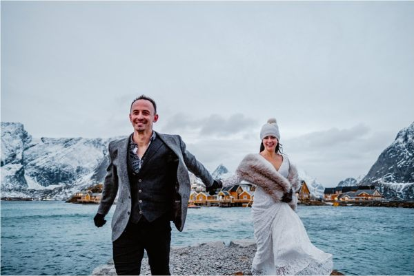 Lofoten Norway elopement photo by WIld Connections Photography