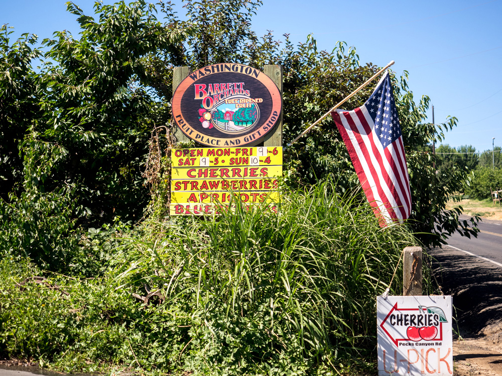 Barrett Orchards, Yakima, WA. www.adventuringbeyond.com