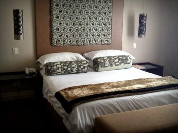 Grand Daddy Hotel Room