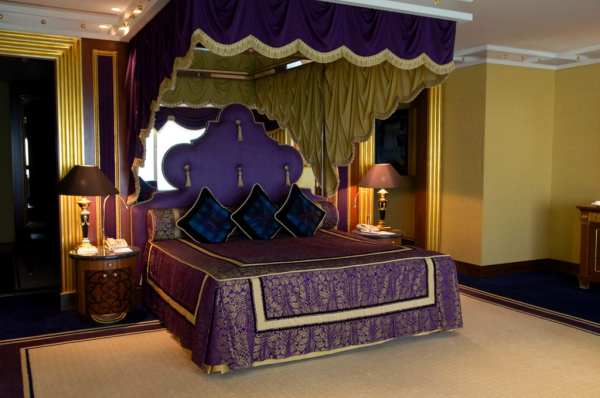 luxurious arabic style bedroom Visiting the Burj al Arab: The World's Most Luxurious