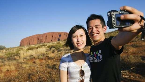 chinese-tourists-australia