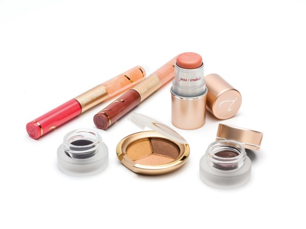 Jane Iredale Throws a Garden Party in Winter to Launch Magic Hour for Spring @janeiredale #MagicHour