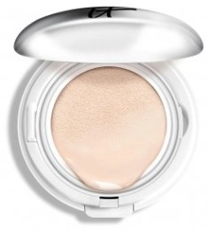 IT cosmetics compact