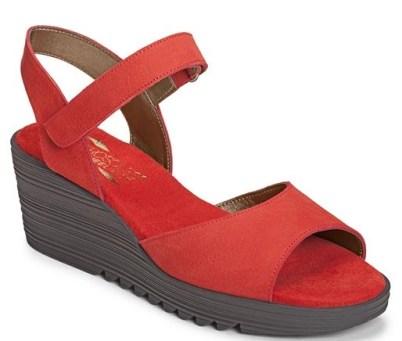 bogaboo sandal from aerosoles
