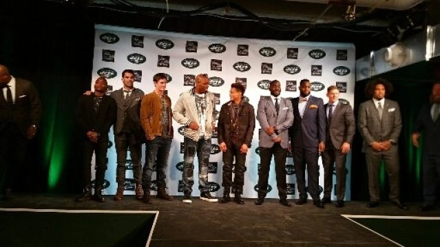 The runway featuring JETS players