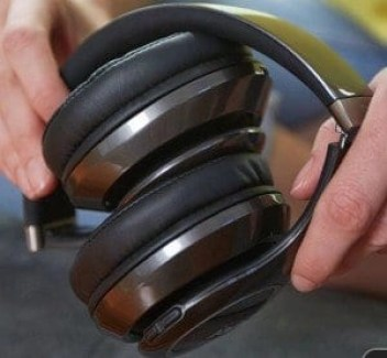 jam transit city headphones folded