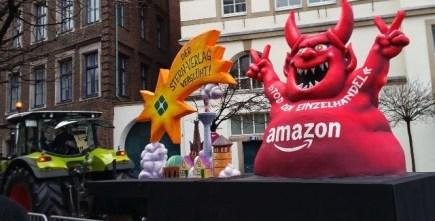 amazon float dusseldorf karneval 2015