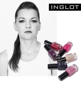 tennis star with inglot nail polish