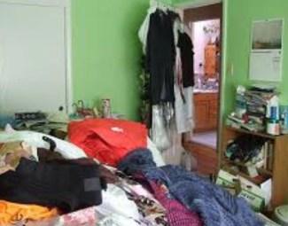 clutter in the bedroom