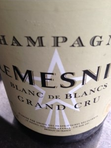 Le Mesnil champagne wine label