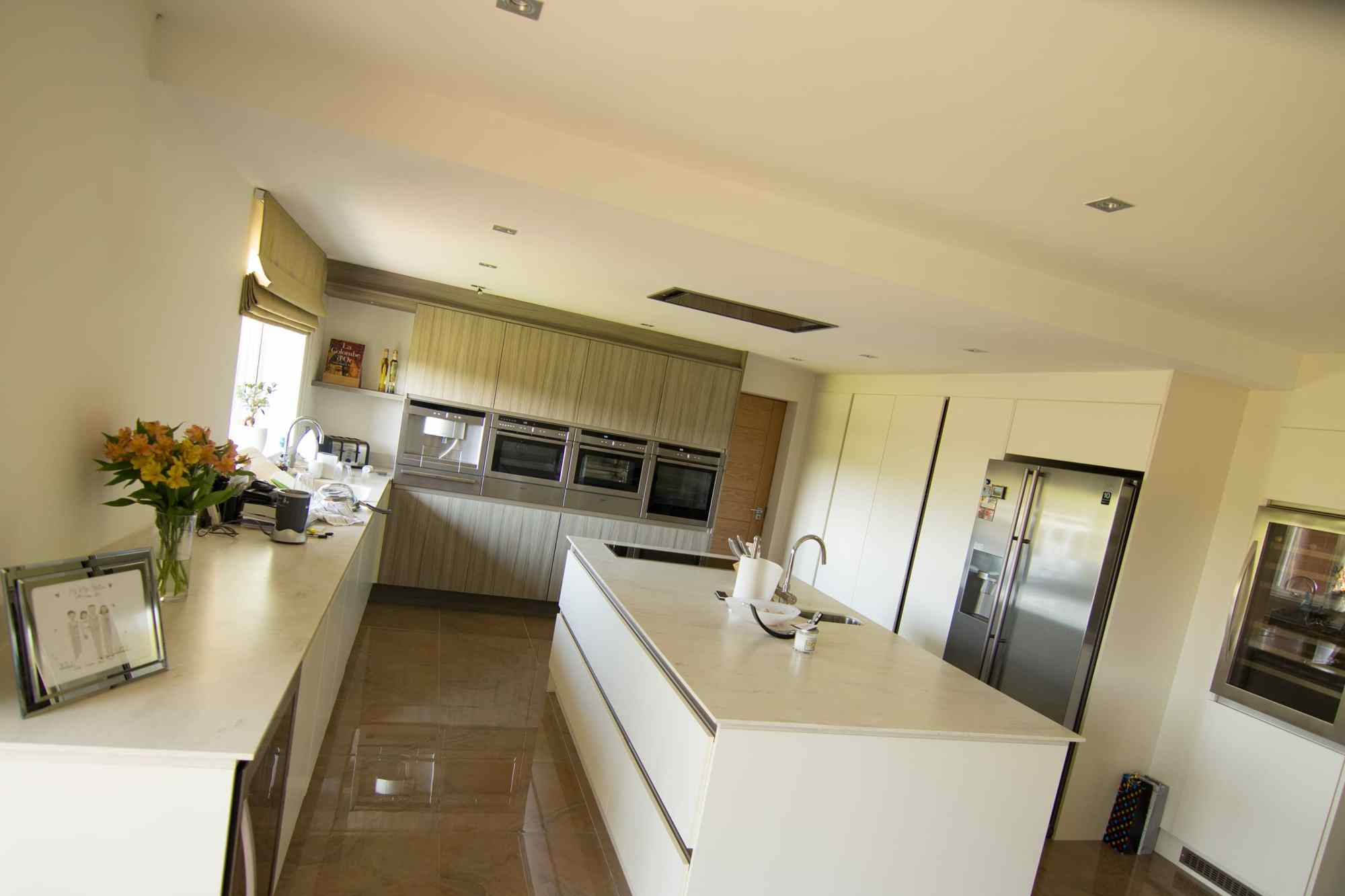 hight resolution of domestic kitchen electrical installation