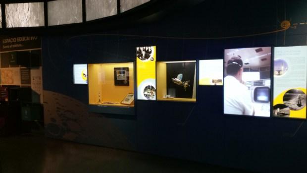 Exposición De Madria a la Luna. Muro general.