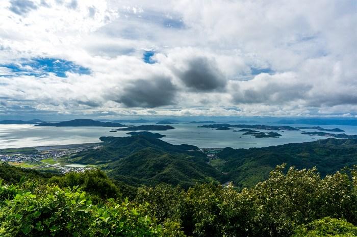 金甲山(岡山県玉野市)から瀬戸内海を臨む