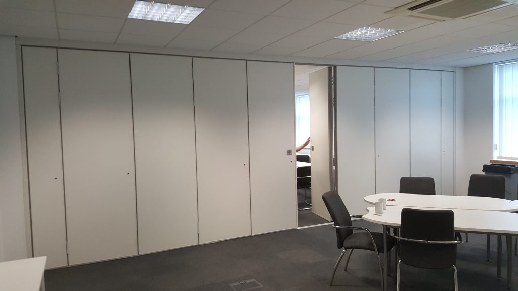 Sliding Walls, Sliding Wall Partitions and Room Dividers