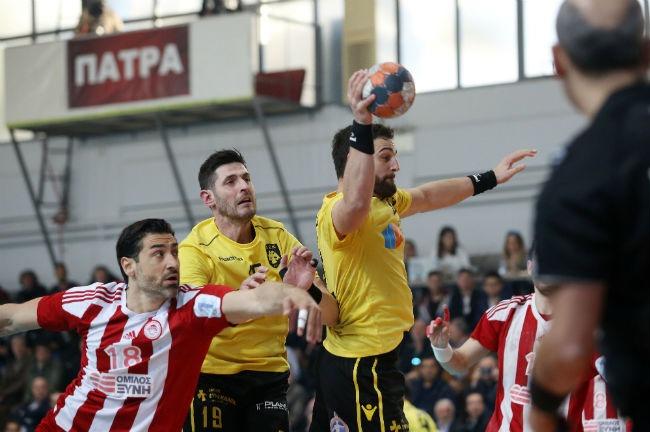 osfp-olympiacos-aek-handball-final-cup-kipello-kypello-papadionisiou-papadionysiou-alvanos