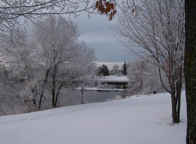 Snow on the Weir