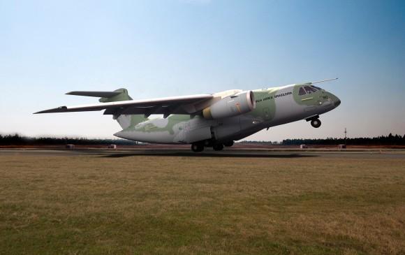 KC-390 - concepção artística Embraer