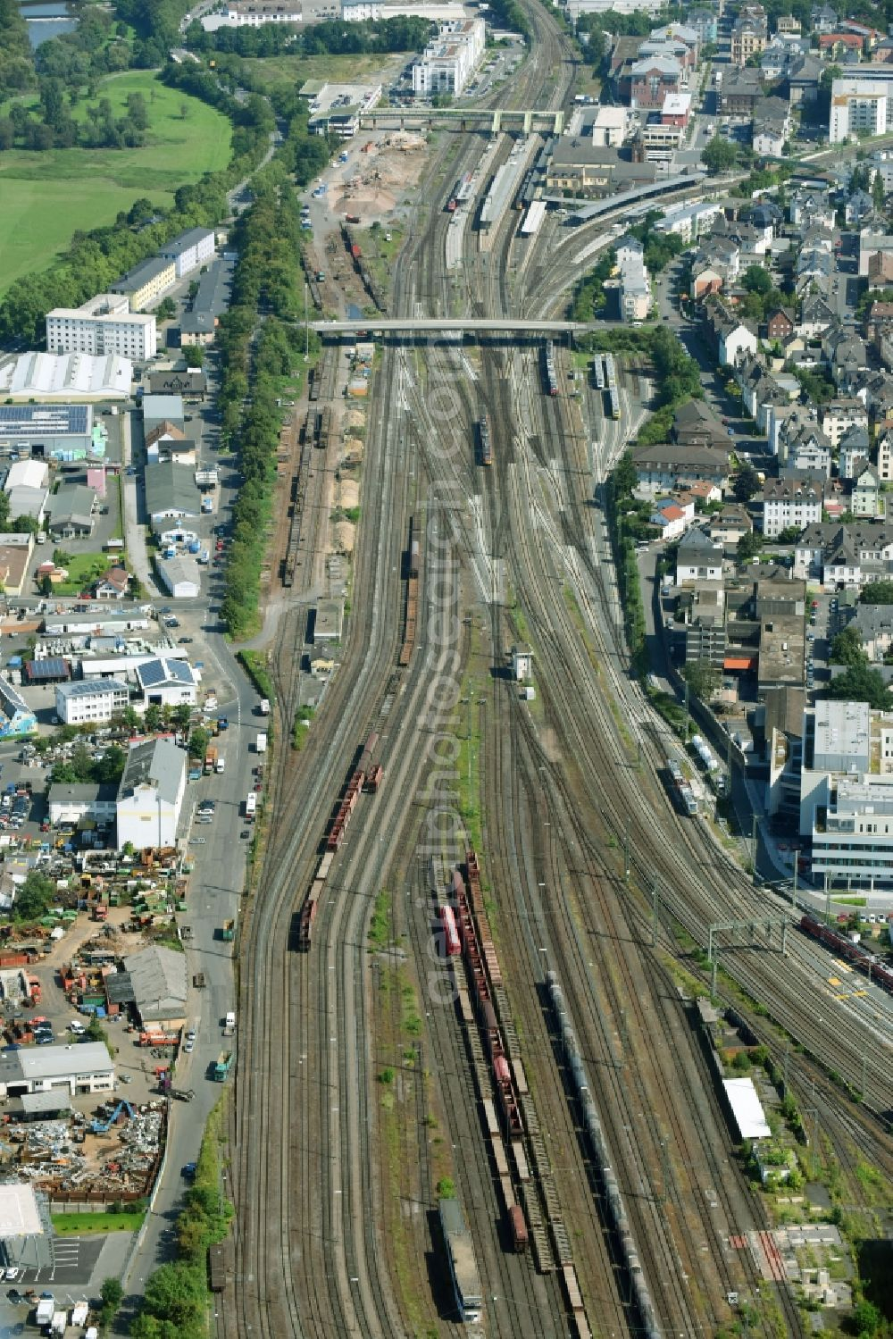 medium resolution of gie en from above railway track and overhead wiring harness in the route network of the deutsche