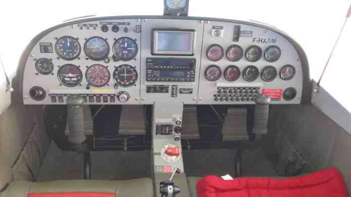 F-HXAM cockpit