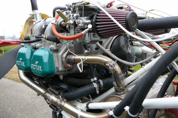 Motor Rotax que equipa a aeronave.